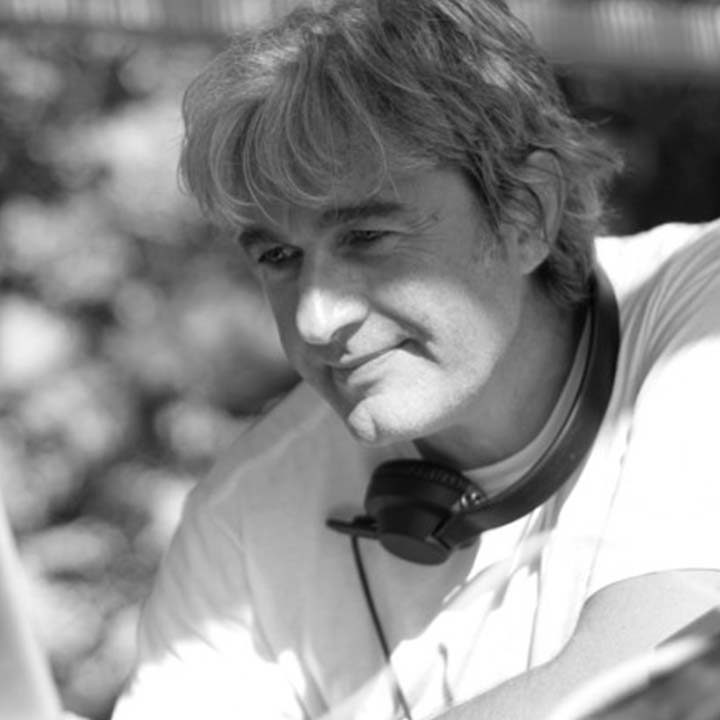 PAUL WEB 720x720 Nos DJs